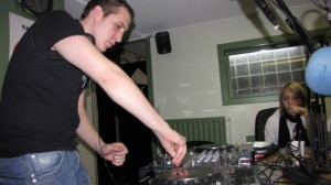 Mix'H, DJ Haya en guest le 30 novembre 2011 ! IMG_1634-Copy-300x168